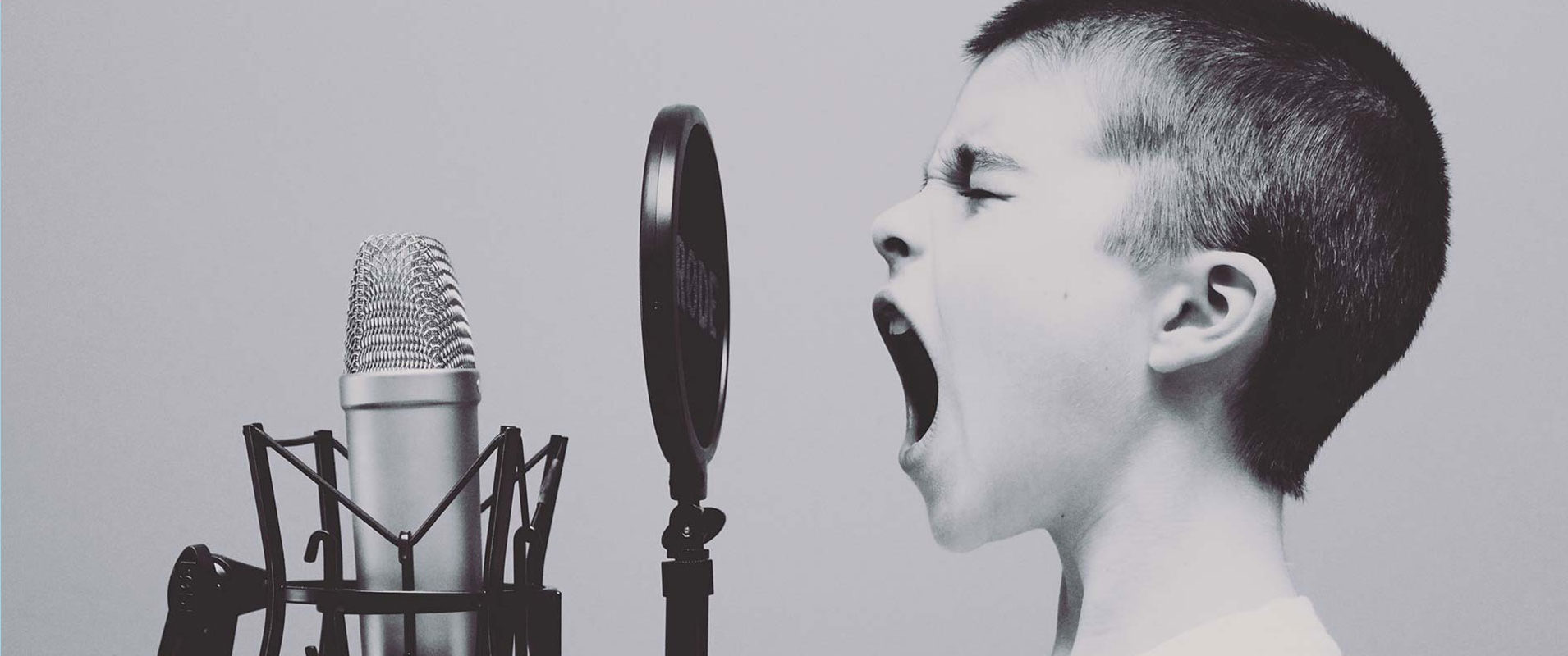choisir un narrateur avec la bonne voix pour sa marque